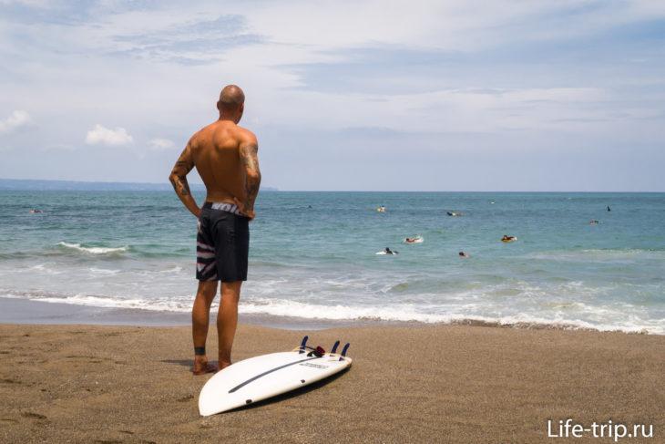 Пляж Бату Болонг на Бали (Batu Bolong Beach)