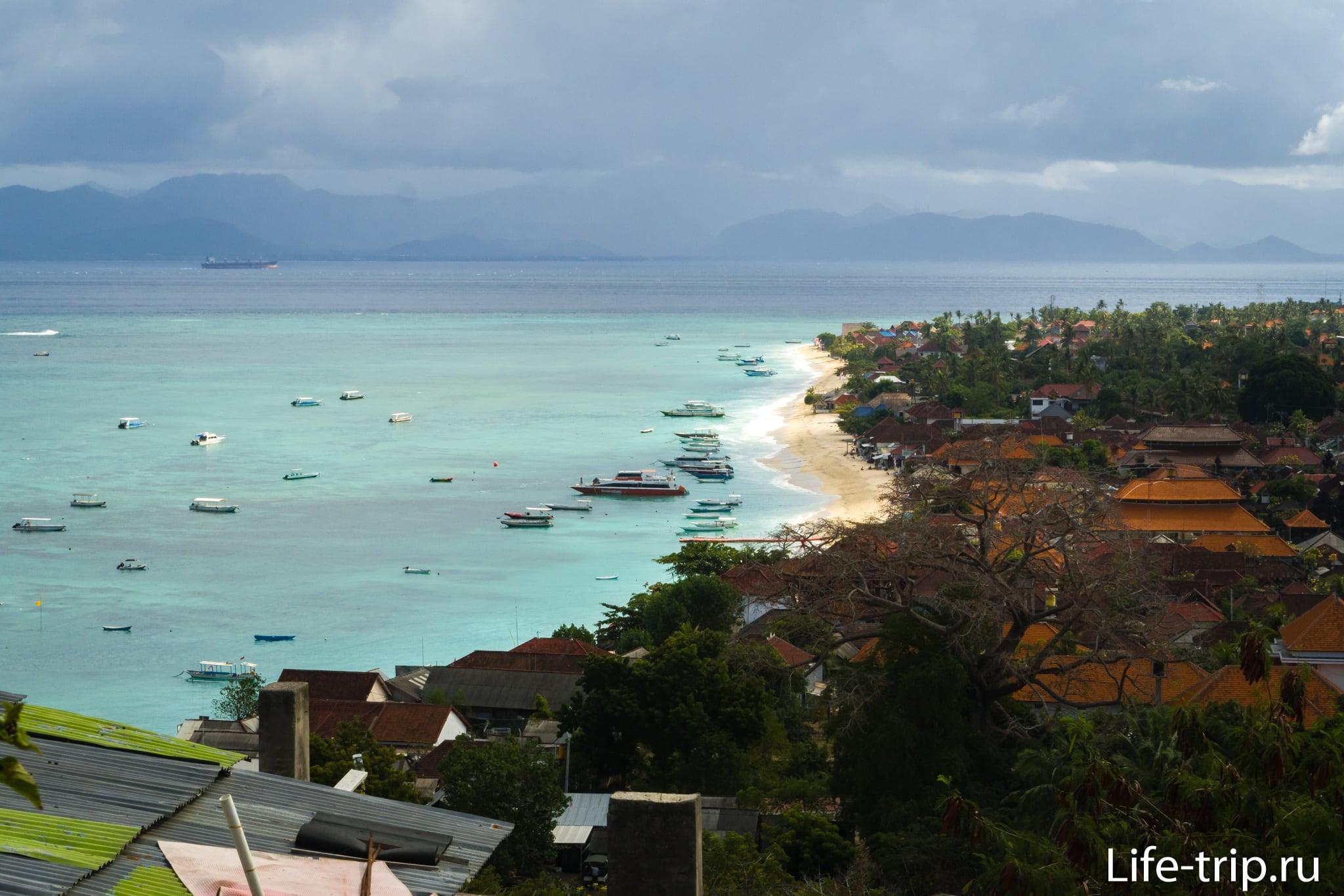 Пляж Джунгутбату на Лембонгане