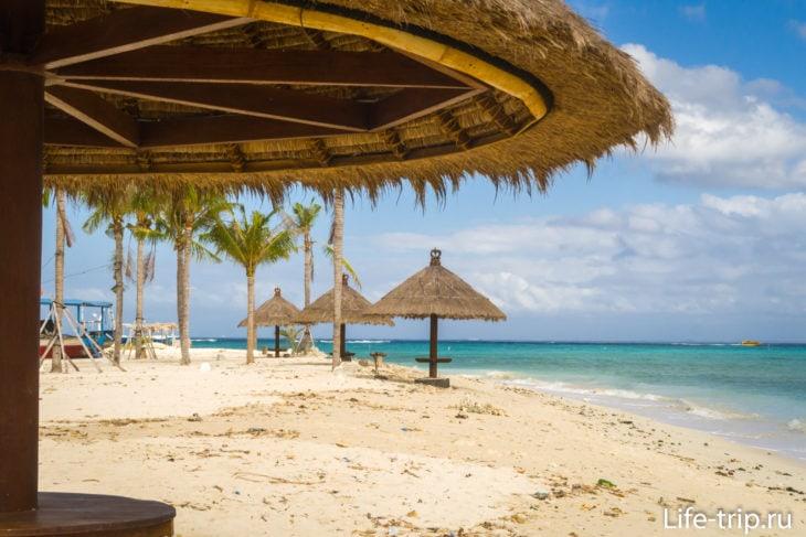 Пляж Махагири (Mahagiri Beach) - баунти на Лембонгане