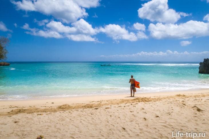 Пляж Паданг Паданг на Бали