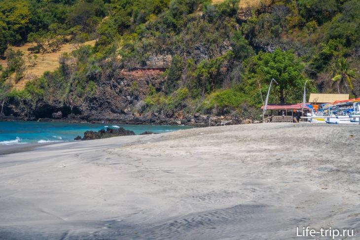 Пляж Вайт Сенд (White Sand Beach) - лучший пляж востока Бали