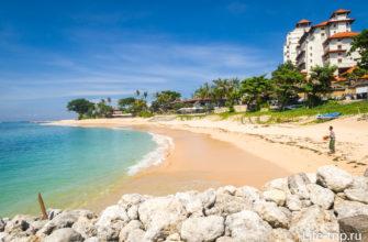Основной пляж отеля Хилтон