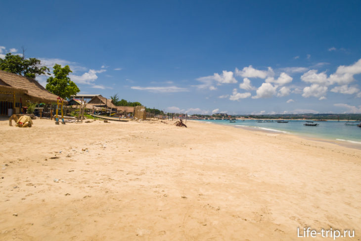 Пляж Келан, вид в сторону пирса Кдонганан