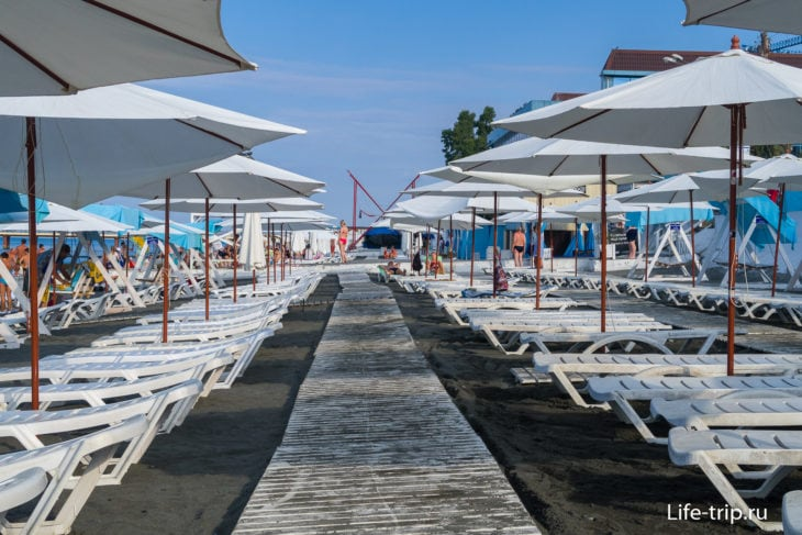 Чайка - муниципальный пляж Адлера