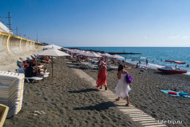Пляж Вагонного Депо - для непритязательных людей в Адлере