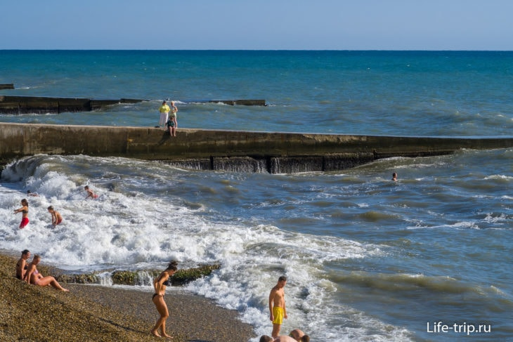 Муниципальный пляж Бытха в Сочи