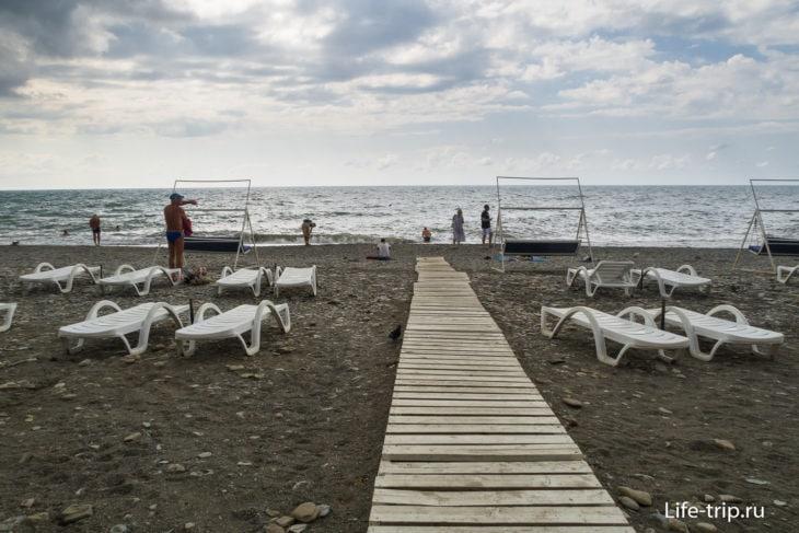 Пляж Хоста в Сочи