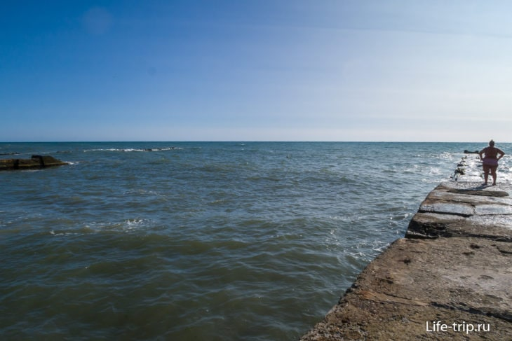 Пляж Металлург в Сочи - обнять и плакать