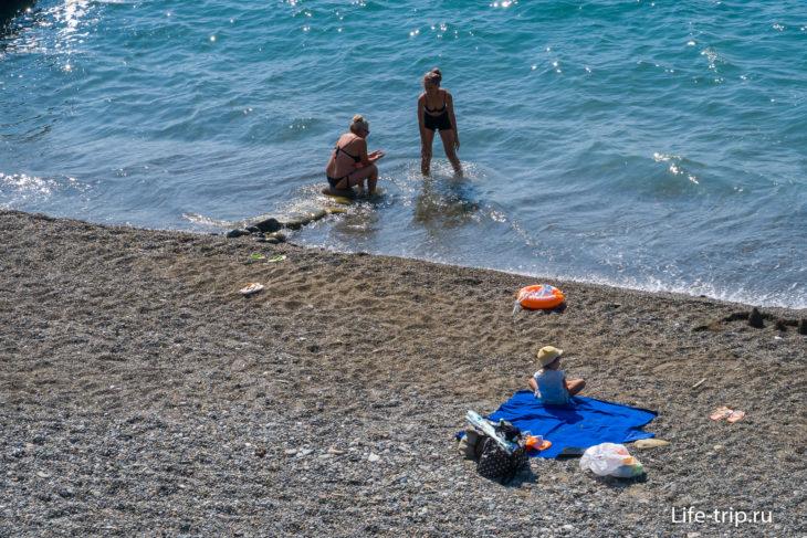 Семафор -  полудикий пляж в Кудепсте