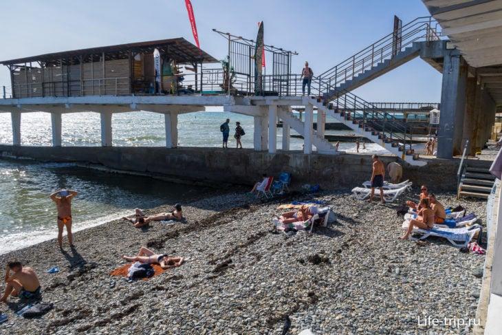 Пляж Заря в Мацесте - благоустроил ИП Джиджилава