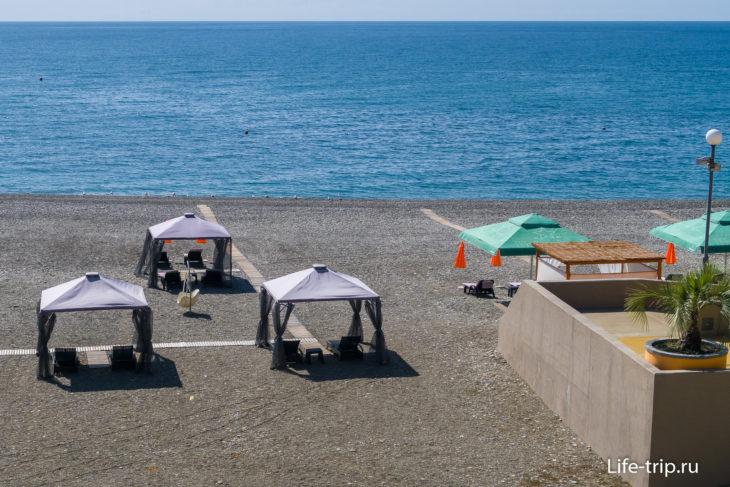Пляж санатория Дагомыс в Сочи