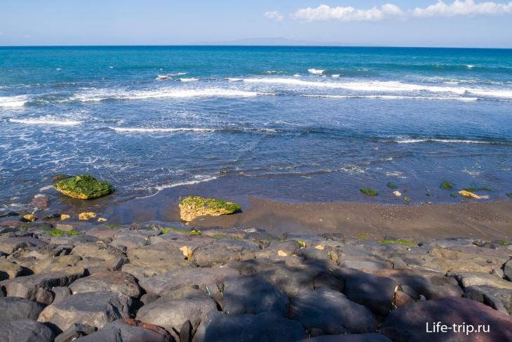Пляж Масчети на Бали (Masceti Beach Bali) - черный песок и волны