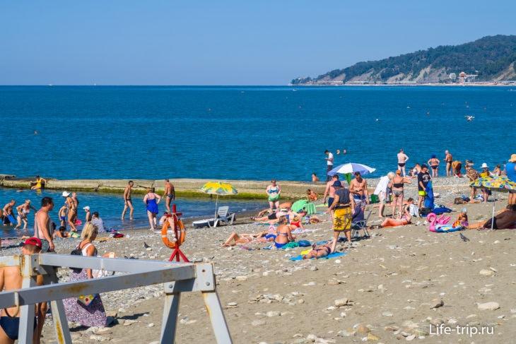 Пляж МВД Салют в Сочи - не расслабишься