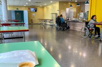 В кафе в госпитале каждый день